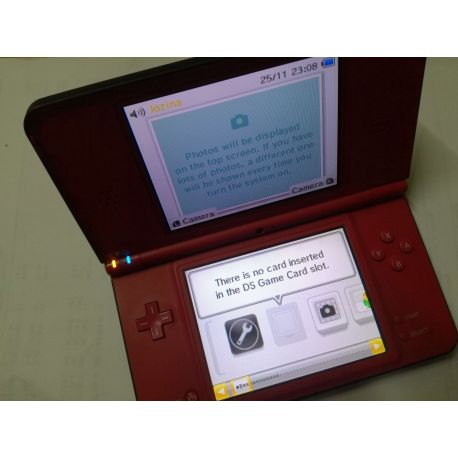 Nintendo DSi XL Limited edition Super Mario Bros 25th Anniversary